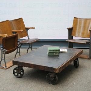 La table basse industrielle pour relooker vos chambres
