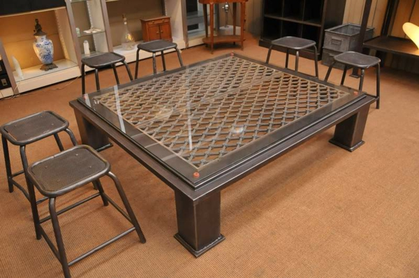 table-basse-industrielle-rectangulaire