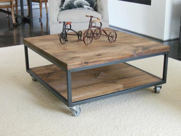 table-basse-industrielle-un-design-loft-et-décoration-originale-de-vélos