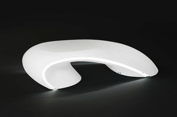 table-basse-lumineuse-design-extravagant