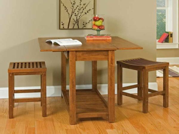 table-pliante-de-cuisine-une-table-et-deux-chaises-table-de-déjeuner
