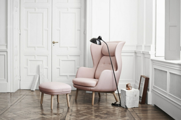 unique-fauteuil-design-scandinave-designer-en-rose-futuriste