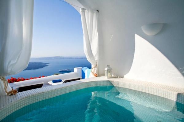 Dreams-Luxury-Suites-Imerovigli-Santorini-38-resized