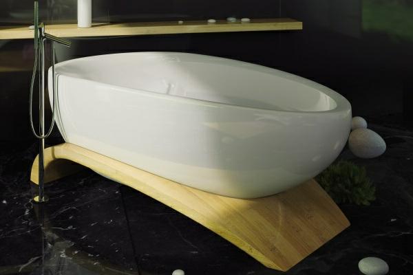 Viaggi-bathtub-Maax-ultra-moderne-modèle-pour-votre-design