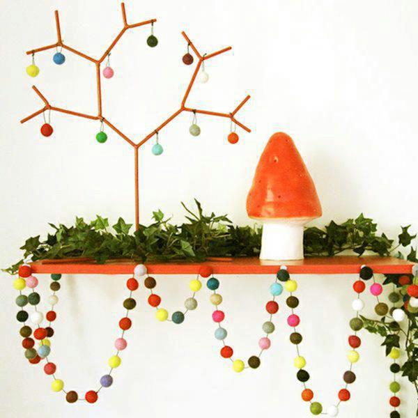 Wool-balls-creative-Christmas-decoration1-resized