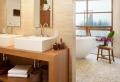 La déco de salle de bain en bois – 107 photos