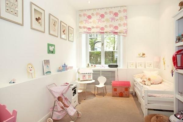 appartement-pour-le-bébéfille-avec-un-jolie-décoration-en-rose