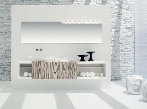 bain-et-décoration-unique-en-blanc