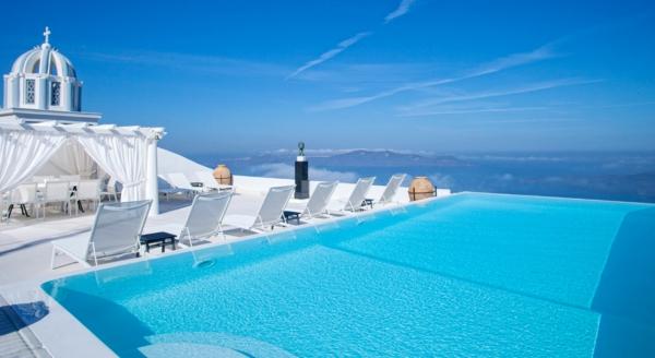 original piscine extérieur en greece