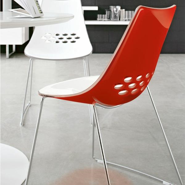 chaise-calligaris-chaises-en-rouge-et-blanc