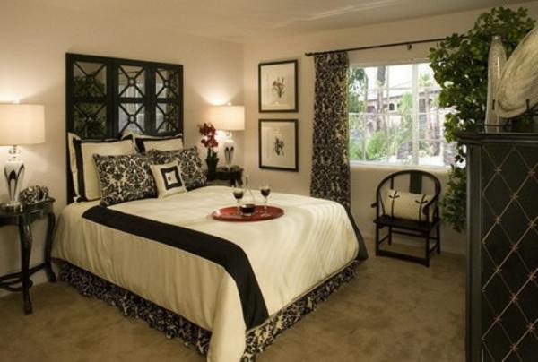 décoration-asiatique-classique-en-noir-et-blanc