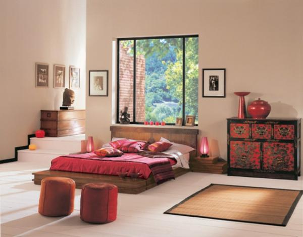 décoration-asiatique-statuette-bouddha-et-commode-vintage-rouge