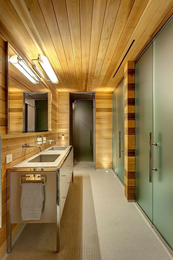 deco-de-salle-de-bain-avec-du-bois-et-verre