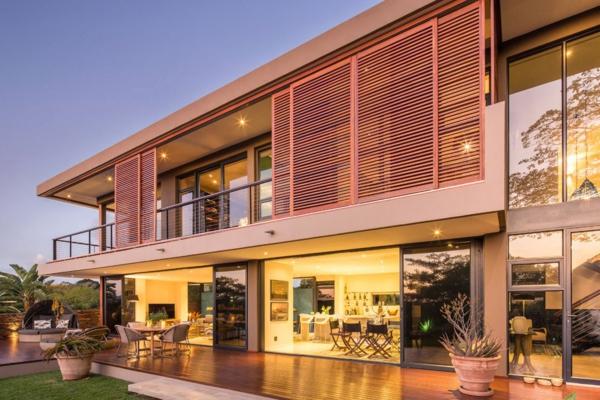 design-d'extérieur-pour-la-maison-contemporaine-en-bois