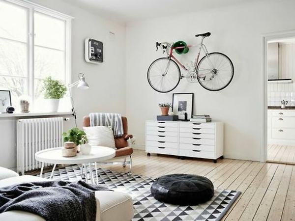 design-en-blanc-et-noire-avec-un-accent-retro