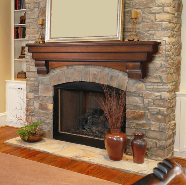 idée-de-décoration-pour-votre-cheminée-en-pierre-et-déco-en-bois