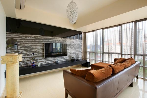 intérieur-de-la-maison-contemporaine-avec-style-de-pierre-décoration-autour-du-tv-et-un-canapé-en-cuir