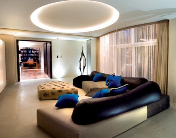 intérieur-de-la-maison-contemporaine-canapé-original