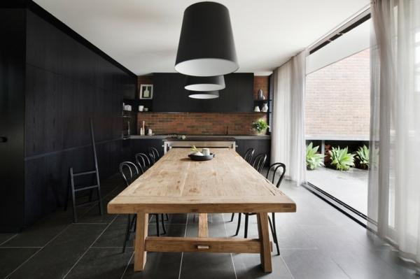 intérieur-de-la-maison-contemporaine-en-blanc-et-noir