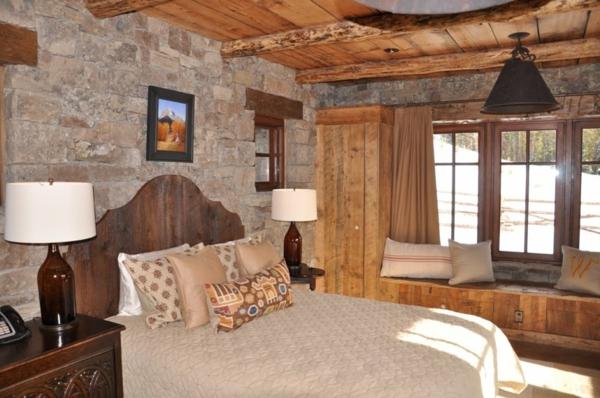 jolie-arrangement-our-une-chambre-à-coucheravec-bois-et-pierre-en-style-rustique