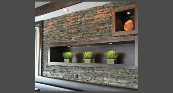 jolie-décoraton-pour-le-mur-avec-pierre-et-deco-avec-des-plantes