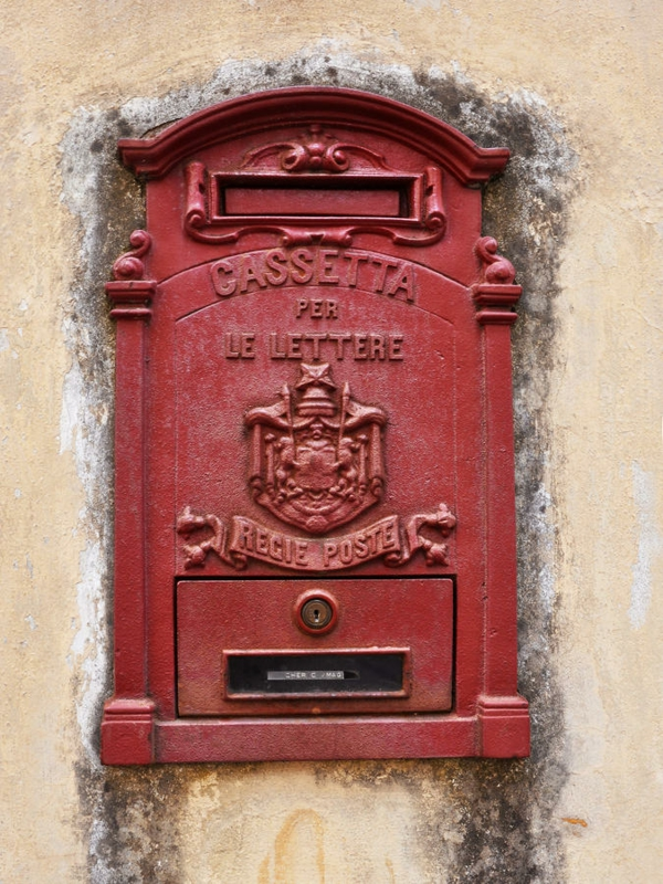 la-boite-postal-vintage-rouge