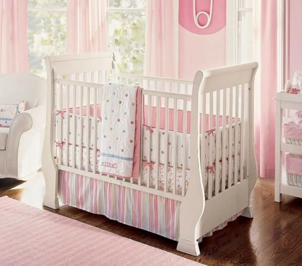 magnifique-design-de-la-chambre-de-bébé