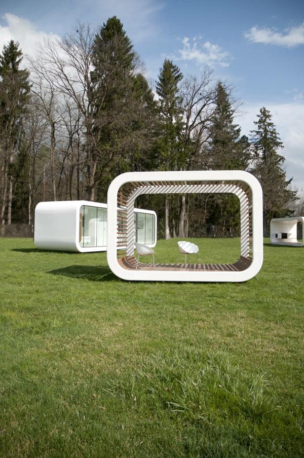 maisons-modulaires-une-maison-modulaire-avec-un-équipement-d'extérieur