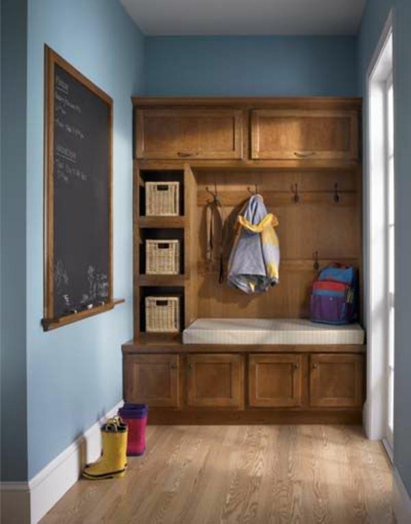meuble-vestiaire-en-bois-avec-panniers
