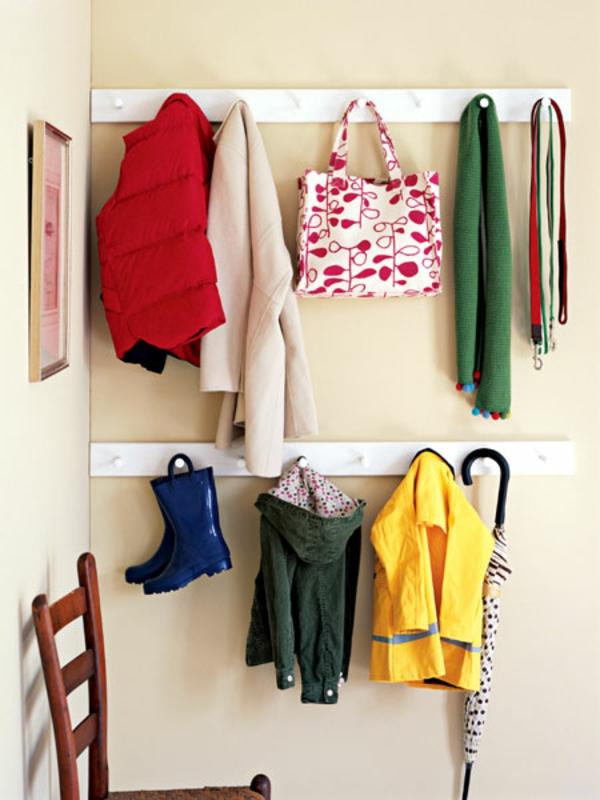 meuble-vestiaire-rangement-minimaliste-en-blanc