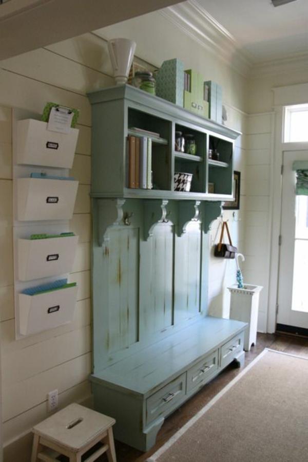 meuble-vestiaire-un-meuble-bleu-vintage