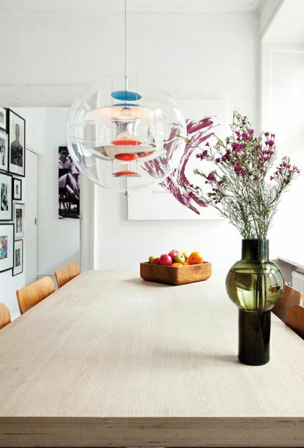 peinture-abstraite-cuisine-blanche