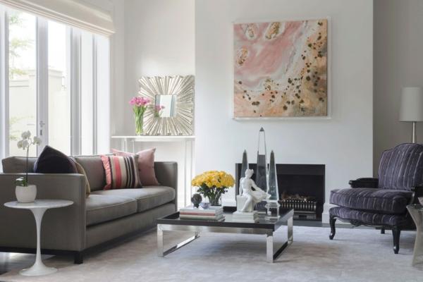 peinture-abstraite-en-couleurs-douces-et-table-en-acier-et-verre