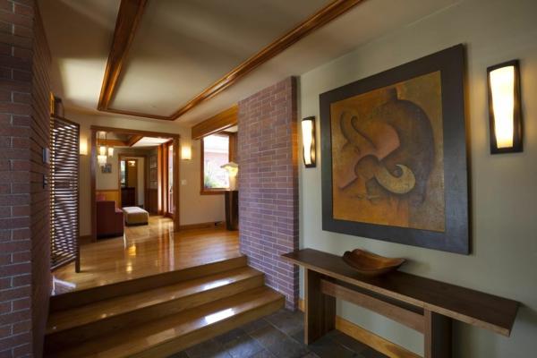 peinture-abstraite-plancher-et-mobilier-en-bois