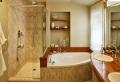La petite baignoire d' angle est la princesse de votre salle de bains