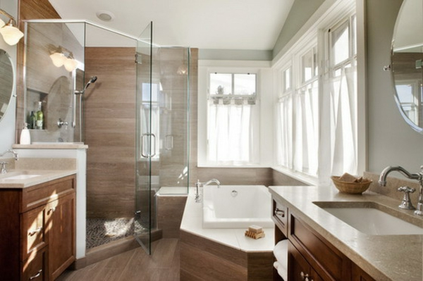 La petite baignoire d 39 angle est la princesse de votre - Petite salle de bain douche et baignoire ...