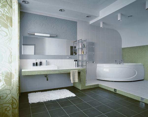 salle de bains lgante une armoire de salle de bain avec miroir - Petite Salle De Bain Avec Baignoire Dangle