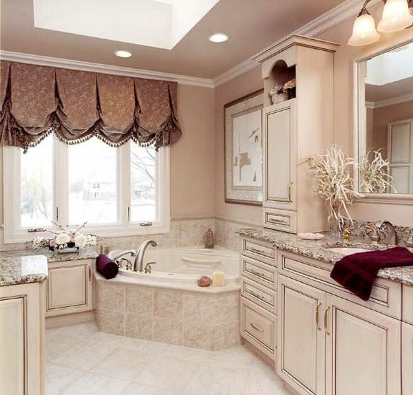 petite-baignoire-d' angle-une-salle-de-bains-vintage-à-finition-rose