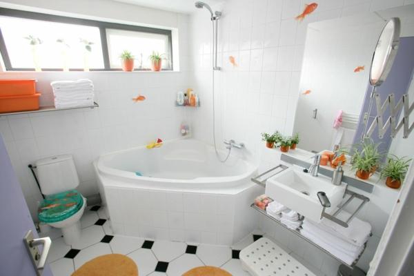 petite-baignoire-d'angle-salle-de-bains-fraîche
