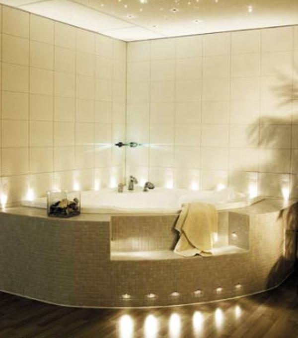 la petite baignoire d 39 angle est la princesse de votre salle de bains. Black Bedroom Furniture Sets. Home Design Ideas
