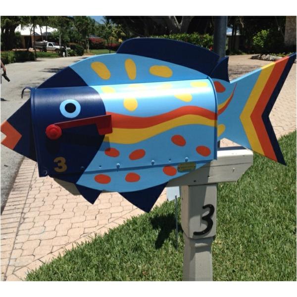 poisson-coloré-pour-le-design-du-jardin