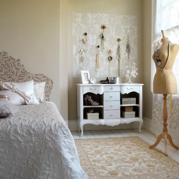 porte-bijoux-mural-chambre-à-coucher-vintage