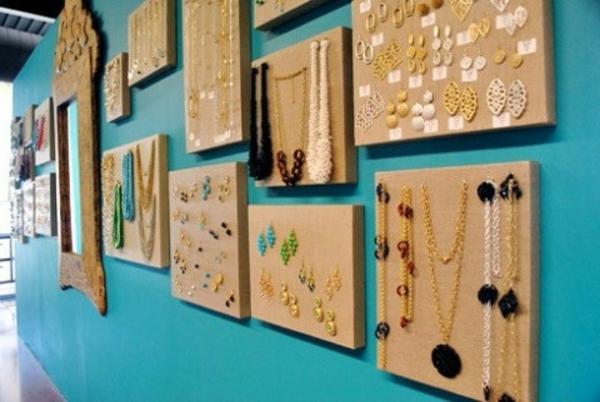 porte-bijoux-mural-des-canvas-de-bijoux
