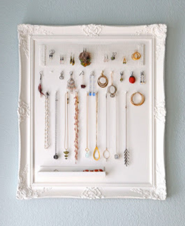 Le porte bijoux mural une d co pratique et belle - Cadre photo mural design ...