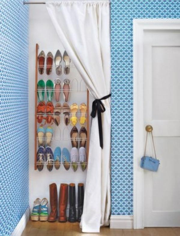 porte-chaussures-mural-rideau-blanc
