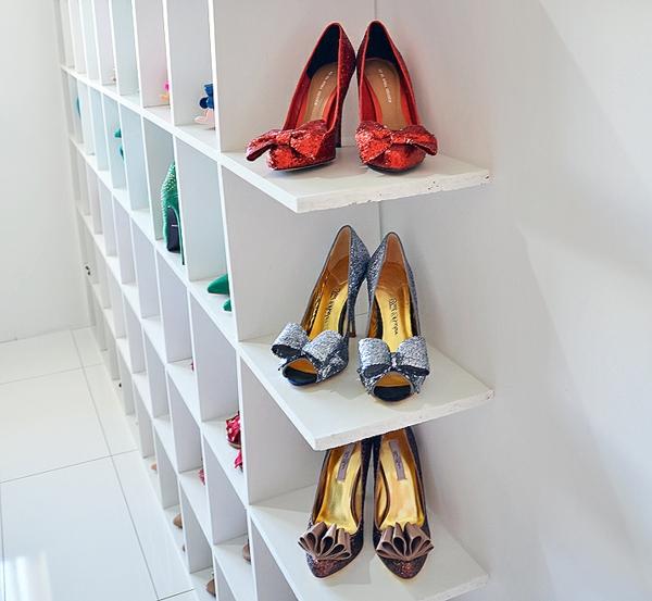 porte-chaussures-mural-un-mur-rangement-chaussures