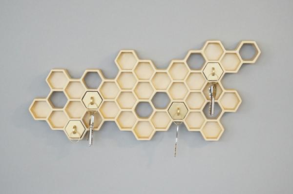 porte-clé-mural-original-cellules-d'abeilles