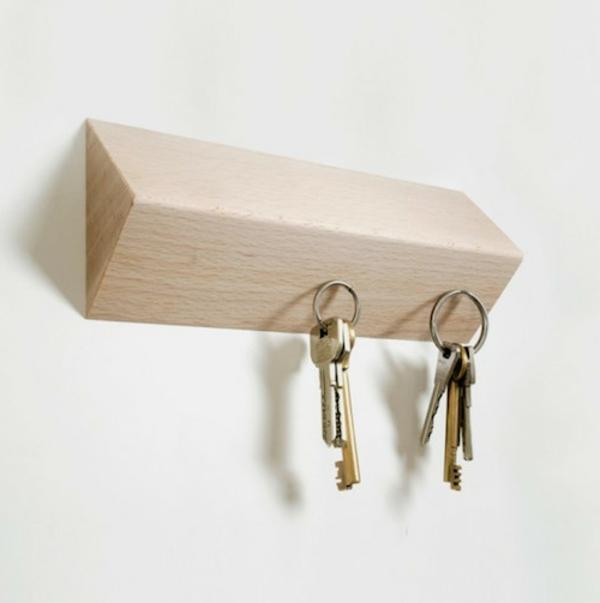 porte-clé-mural-original-un-rangement-de-clé-magnétique