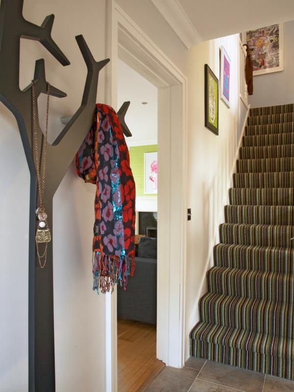 porte-manteau-design-original-un-grand-arbre-portemanteaux