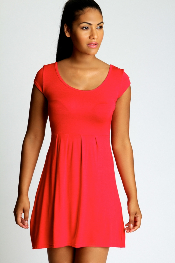 robe-patineuse-couleur-rouge